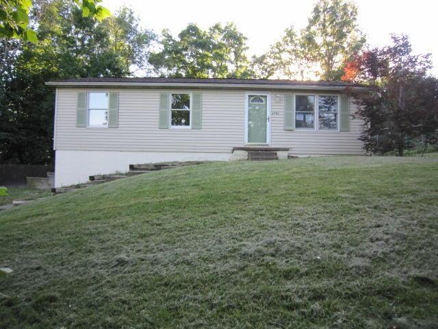 3795 Dona Drive, Zanesville, OH 43701