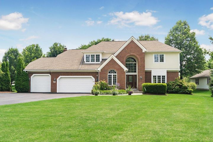 2694 Marshall Court, Lewis Center, OH 43035
