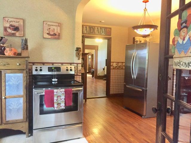 Homes for Sale in Zip Code 43135