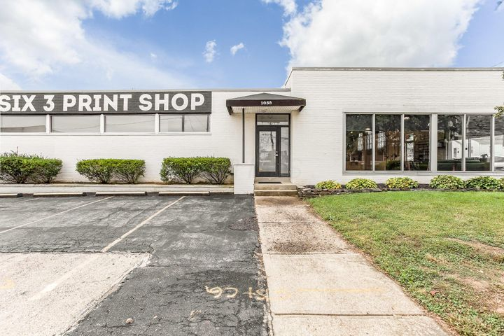 1055 W 3rd Ave, Columbus, OH 43212