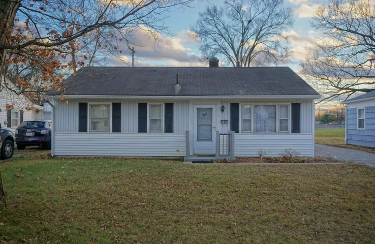 69 Orchard Heights, Delaware, OH 43015