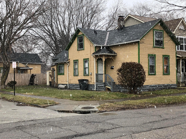 4507 Lester Street, Cleveland, OH 44127