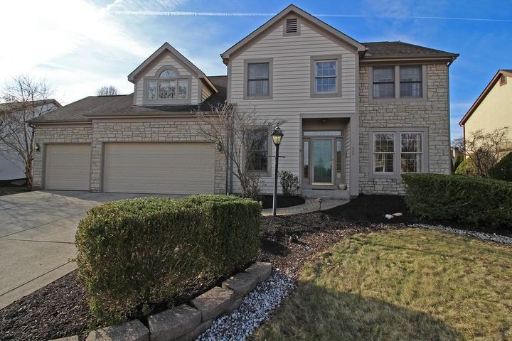 Welcome to 829 Westray, Westerville,Ohio