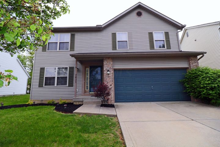 7825 Fairfax Loop Drive, Blacklick, OH 43004