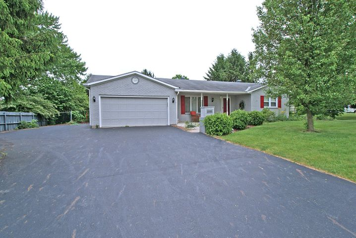 2355 Berry Hill Drive, Grove City, OH 43123