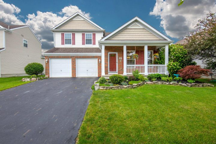 Welcome home to 6985 Norton Crossing St. New Albany, OH 43054