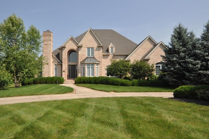 Welcome to 6694 Ohio Canal Ct!