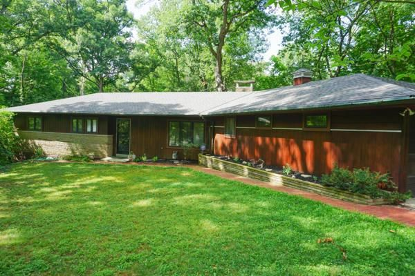 CLINTONVILLE - SERENITY & NATURE - 2 Wooded Parcels+ Babbling Stream - 1 Story Mid-Century - 4th BR/Den