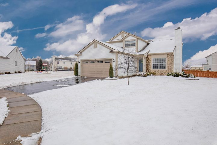 Welcome Home! This 3 bedroom, 2.5 bath home sits on a quiet cul-de-sac!