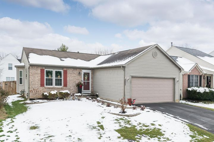 8602 Olenbrook Drive, Lewis Center, OH 43035