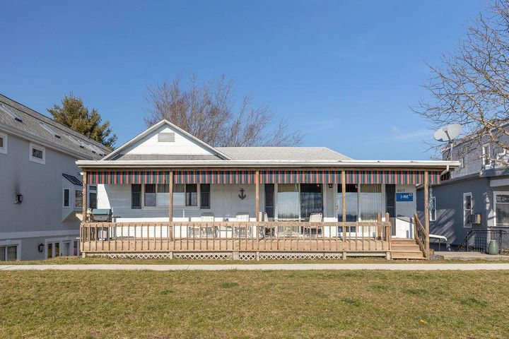 4613 North Bank Road NE, Buckeye Lake, OH 43008