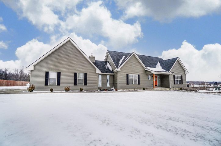 10047 County Road 15, Zanesfield, OH 43360