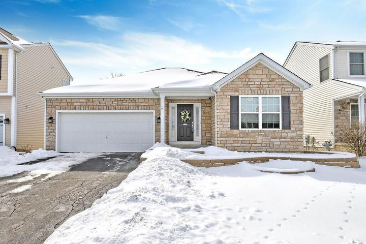 8497 Flowering Cherry Drive, Blacklick, OH 43004
