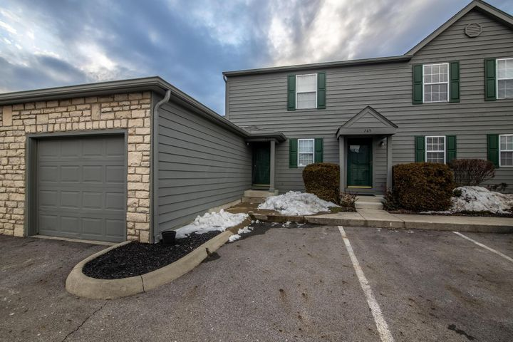 767 Parkgrove Way, Lewis Center, OH 43035