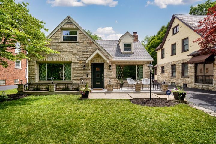 44 S Ardmore Road, Bexley, OH 43209