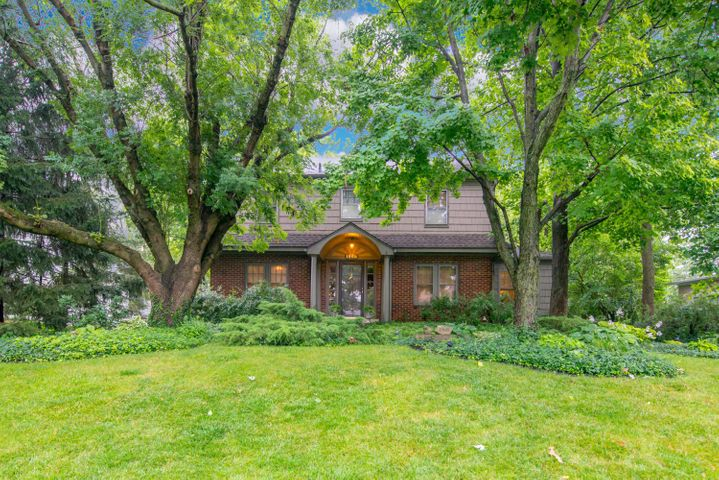 1968 Devon, Upper Arlington, OH 43212