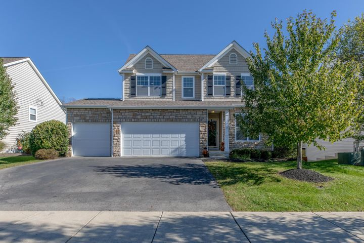 187 Winding Valley, Delaware, OH 43015