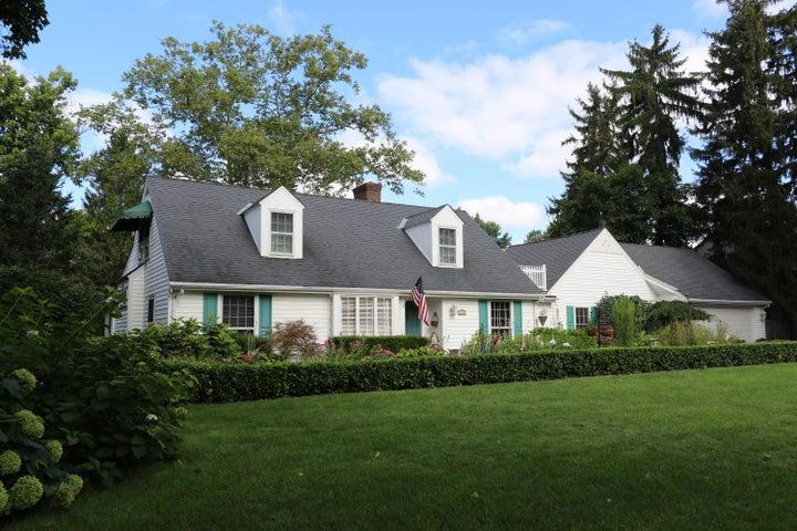1707 Roxbury, Upper Arlington, OH 43212