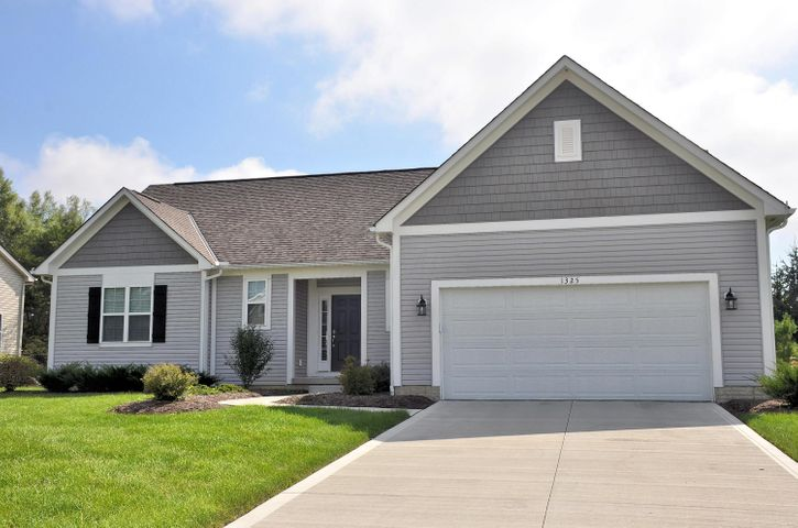 1325 Fox Run, Marysville, OH 43040