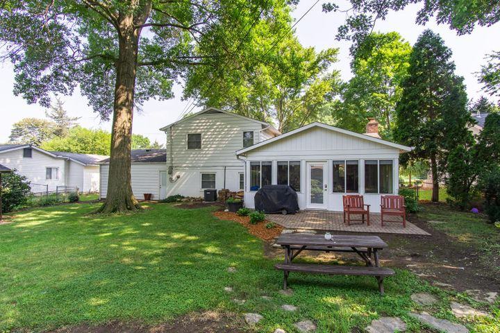 187 Granville, Worthington, OH 43085