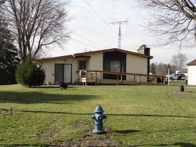 7881 Middletown, Crestline, OH 44827