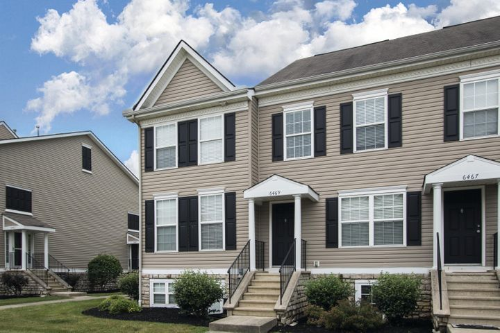 6469 Nottinghill Trail, Canal Winchester, OH 43110