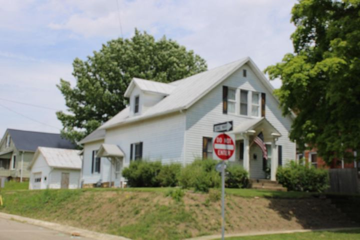 92 Marion, Mount Gilead, OH 43338