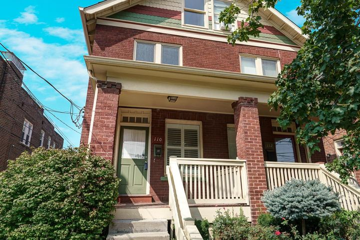 Prime Italian Village location! This charming townhouse condo offers 3 levels of living space including 3 bedrooms, 2 full baths, brand new galley kitchen w/ stainless steel appliances (including gas range) & plenty of closet space throughout. You'll love the tall ceilings, exposed brick & abundance of natural light. Enjoy the beautiful weather on the private brick paver patio or the covered front porch. Full basement offers ample storage space. Washer/dryer convey for the convenience of new owner. Located just 2 blocks from High Street & steps from Seventh Son Brewery, Fox in The Snow, The Market, BrewDog, & all of the shops and restaurants that Short North has to offer! *Actual square footage is 1,500 including 3rd floor