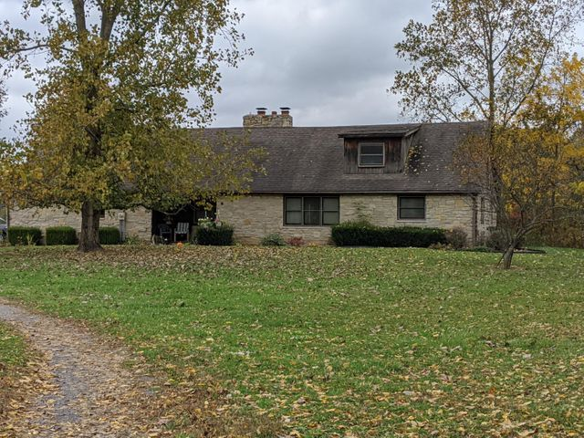 2834 County Road 169, Cardington, OH 43315