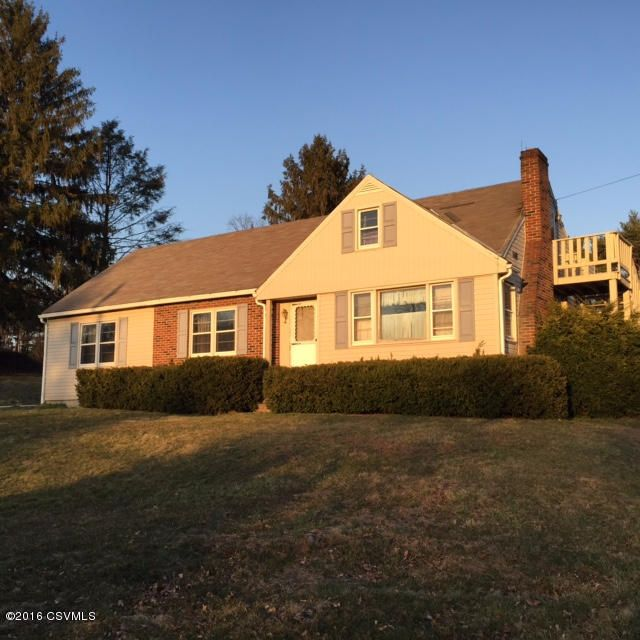 740 STRAWBRIDGE RD, Northumberland, PA 17857