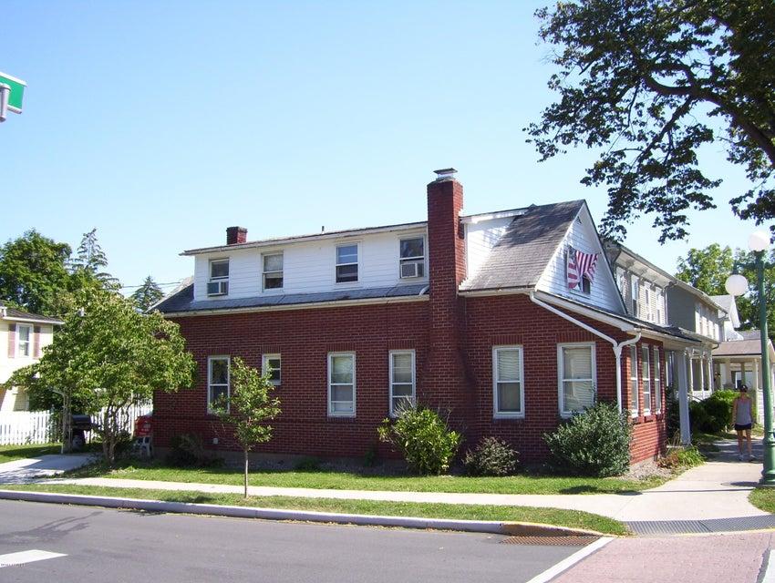 100 S 7TH ST, Lewisburg, PA 17837