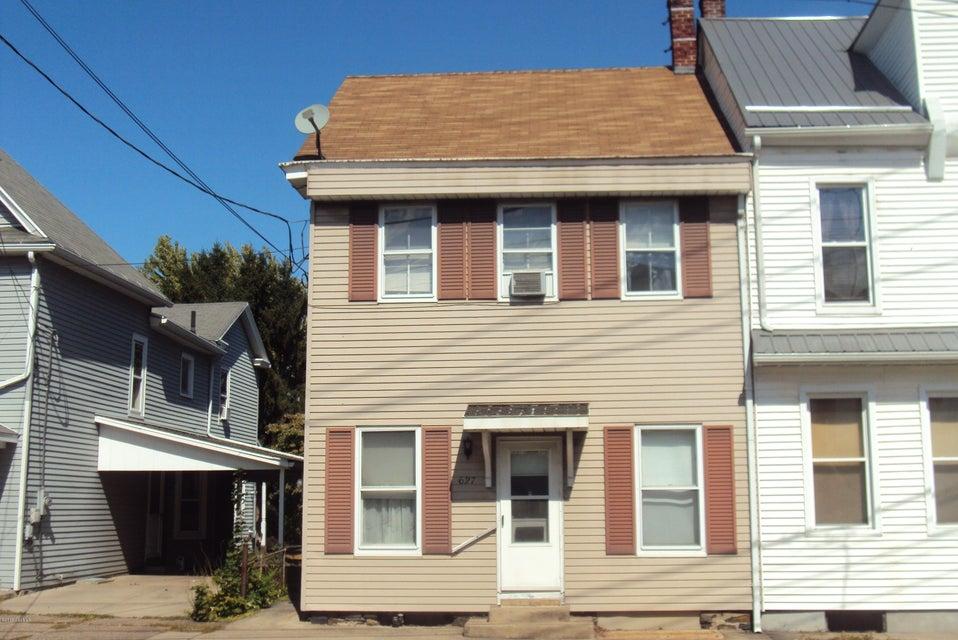 627 E MARKET ST, Danville, PA 17821