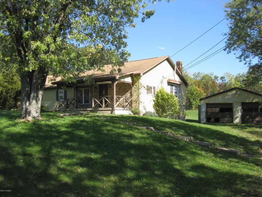 592 HACKENBURG ROAD, Middleburg, PA 17842