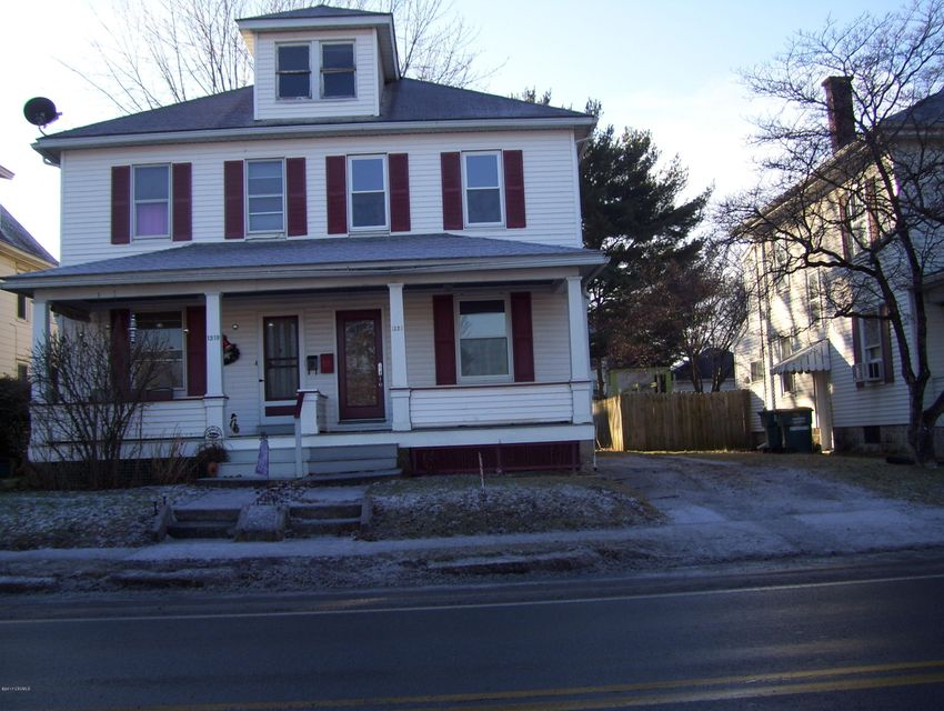1321 W MARKET STREET, Lewisburg, PA 17837