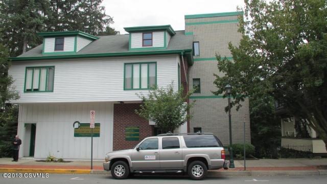 113 N MARKET ST, 1ST FL, Selinsgrove, PA 17870