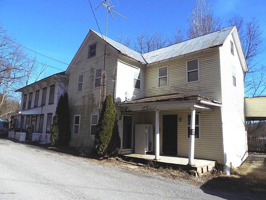 86 E MARKET ST, Middleburg, PA 17842