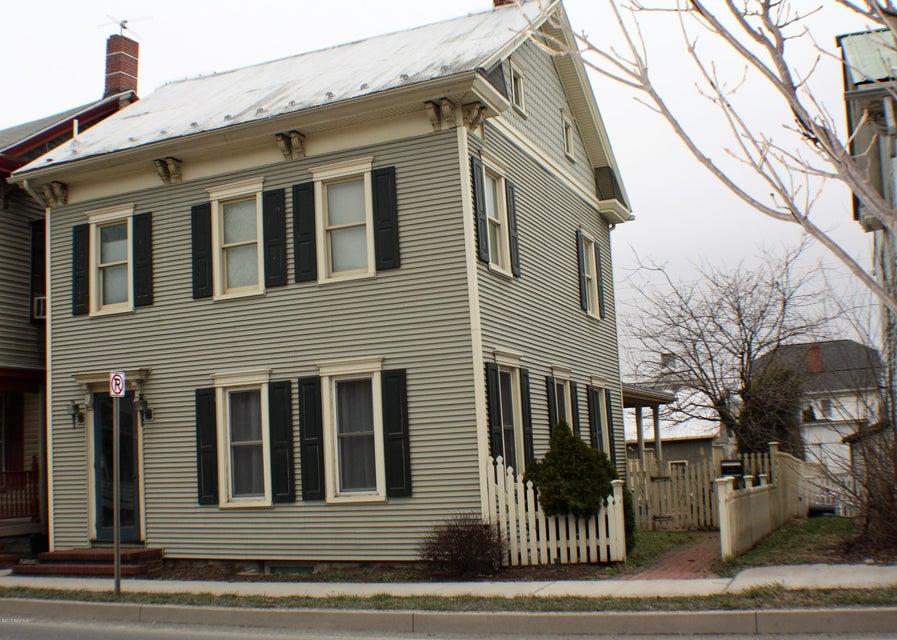 526 CHESTNUT ST, Mifflinburg, PA 17844