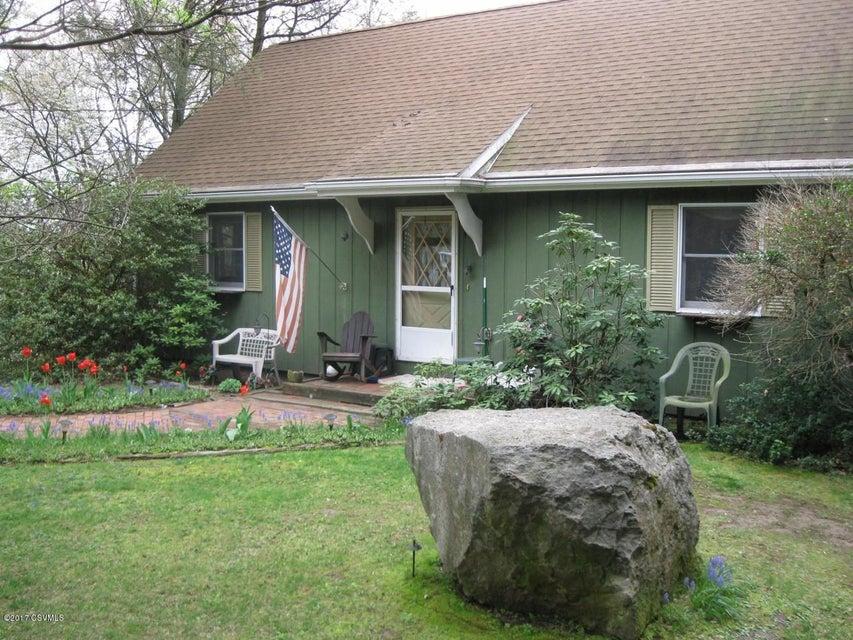 109 SCHRECK RD, Milton, PA 17847