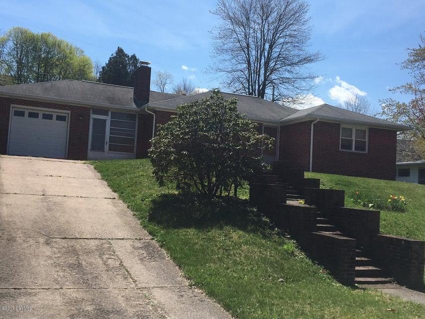 805 MARKET ST, Mifflinburg, PA 17844