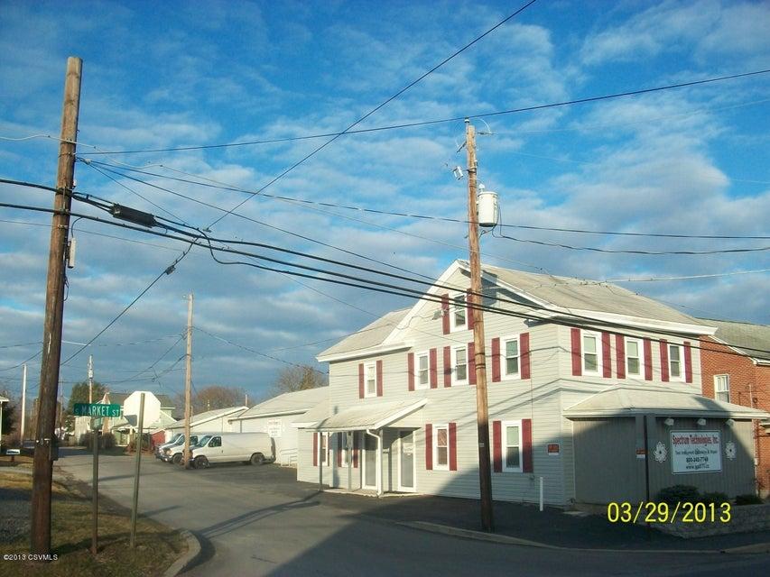 140 S MARKET Street, Elysburg, PA 17824