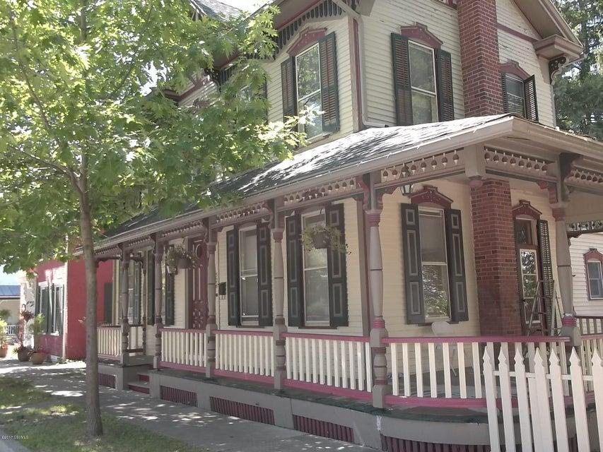 526 MARKET ST, Mifflinburg, PA 17844