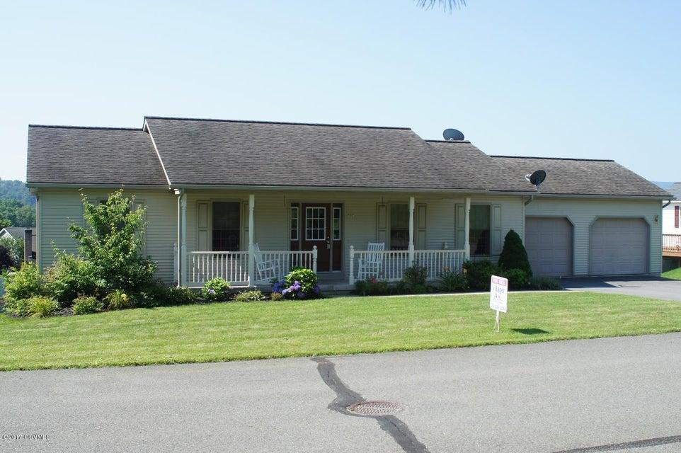 329 BRIAR CIR, Mifflinburg, PA 17844
