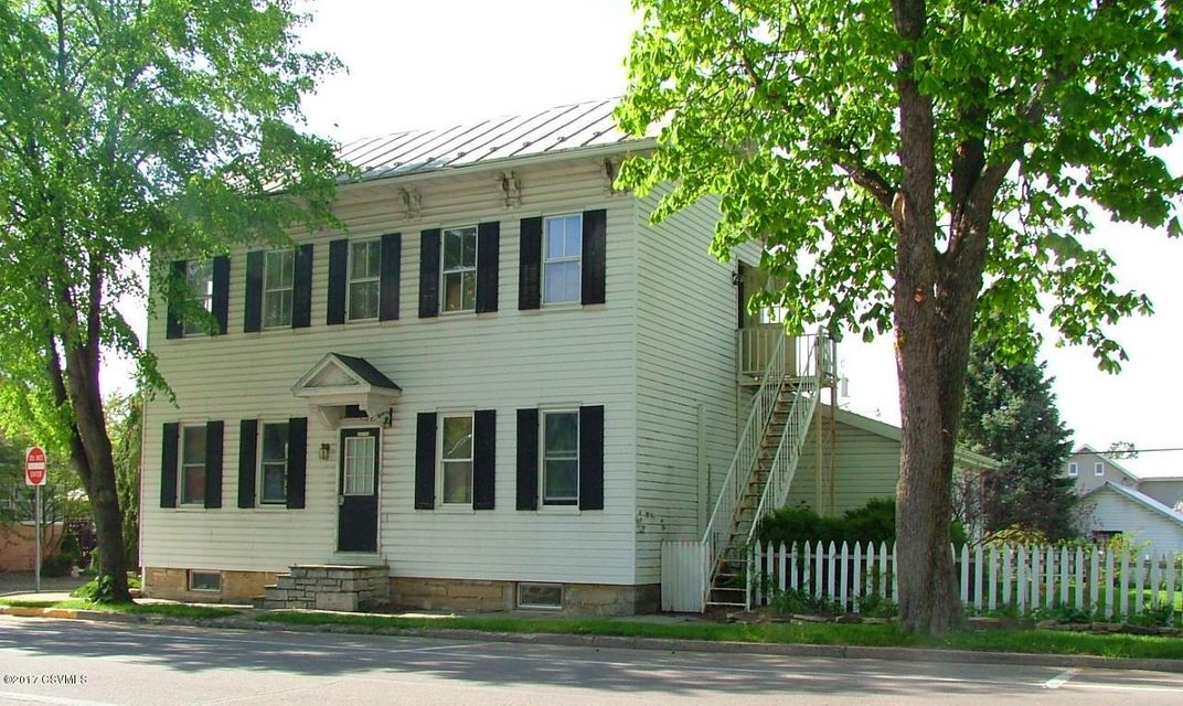98 MARKET ST, Mifflinburg, PA 17844