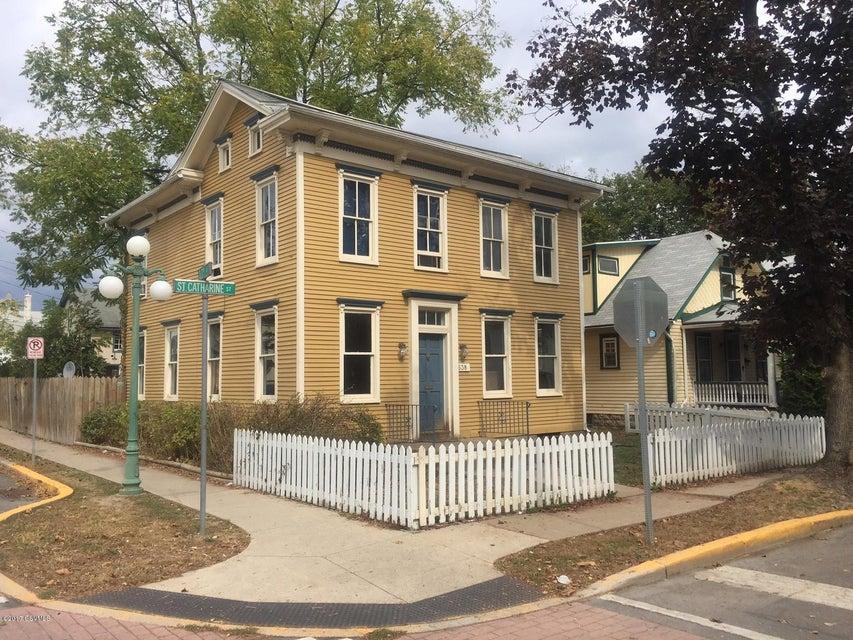638 ST CATHERINE Street, Lewisburg, PA 17837