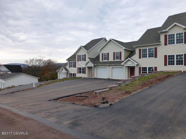135 GRANDVIEW DR, Watsontown, PA 17777