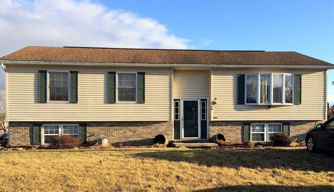 15 WALNUT RIDGE ESTS, Middleburg, PA 17842