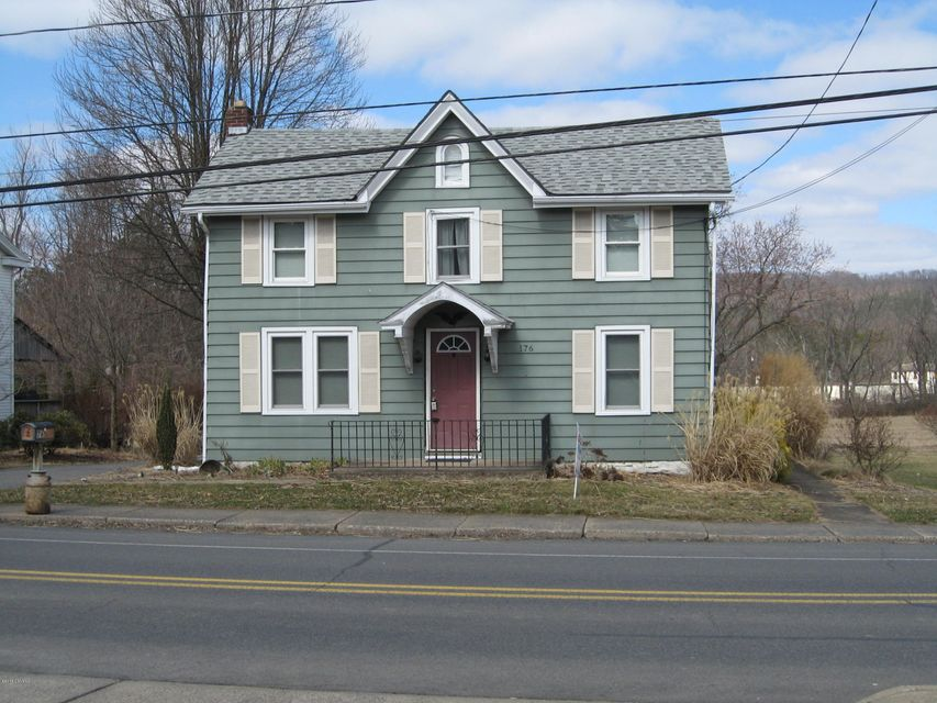 176 W CENTER Street, Elysburg, PA 17824