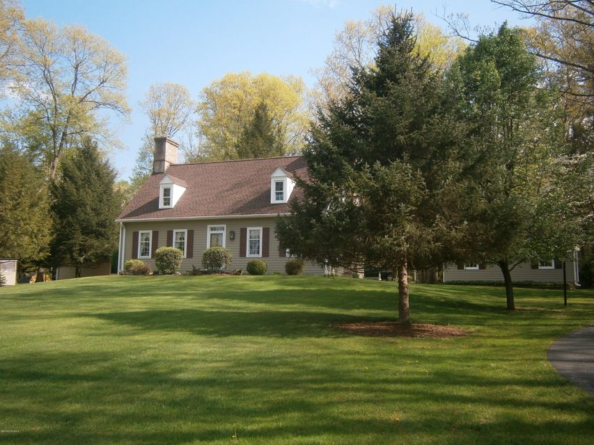 1421 PAXTONVILLE Road, Middleburg, PA 17842