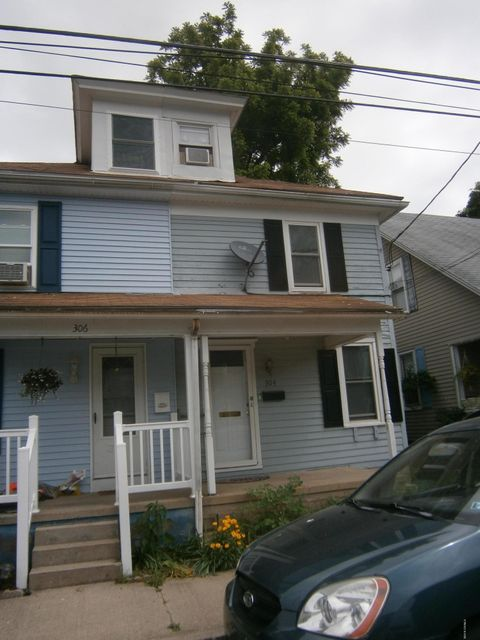 304 WEST SNYDER Street, Selinsgrove, PA 17870
