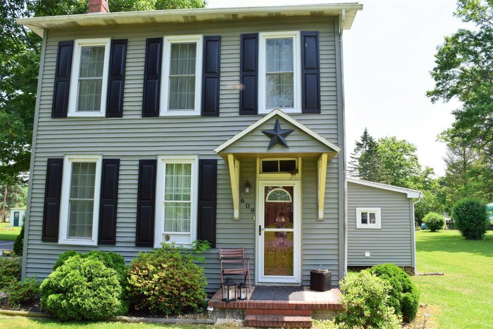609 D Avenue, Danville, PA 17821